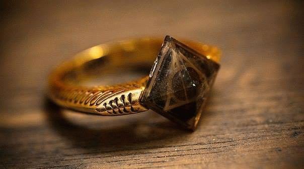 Знай себе цену: оценить кольцо может только ювелир